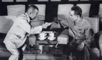 昭和48 周恩来首相と会談する河野謙三(中15)